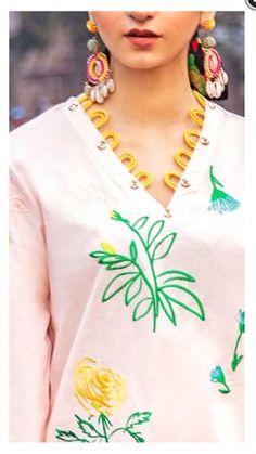 Chudidhar Neck Designs, Neck Designs For Suits, Neckline Designs, Sleeves Designs For Dresses, Dress Neck Designs, Stylish Dress Designs, Gala Design, Velvet Dress Designs, Pakistani Dress Design