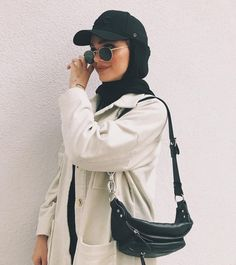 Hijab styles 721631540272049090 - Super sport fashion style clothes outfit ideas Source by Modern Hijab Fashion, Street Hijab Fashion, Hijab Fashion Inspiration, Muslim Fashion, Mode Inspiration, Modest Fashion, Fashion Outfits, Fashion Ideas, Fashion Tips