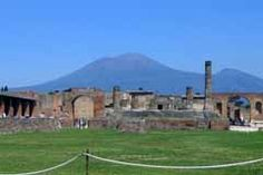 Naples Museum and Pompeii The Places Youll Go, Cool Places To Visit, Naples Museum, Europe Bucket List, Italy Tours, Naples Italy, Shore Excursions, Countries Of The World, The Good Place