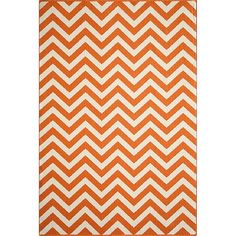 Indoor/Outdoor Chevron Accent Rug - Orange (4'x6'), Hyper Orange