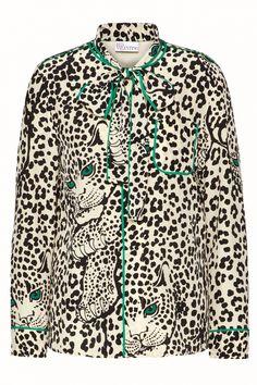 Red Valentino Damen Seidenbluse mit Leoprint Natur Weiss | SAILERstyle Valentino Garavani, Trends, Shirt Dress, Mens Tops, Shirts, Dresses, Fashion, Valentino Red, Red Color