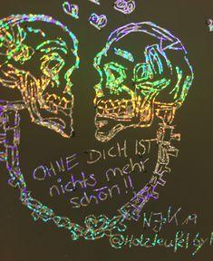 Skelettkunst Skull Schädel So wahr !! Ohne dich ist nichts mehr schön!! Bild @Holzteufel by N-J.K 2019 Drawing Art, Art Drawings, Metal Music Quotes, Die Young, Deviantart, Fantasy, Dragon Age, Fractals, Science Fiction