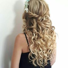Hair to fall in love perfect bridal updo using Cliphair Extensions. Make your big day more special, shop our human hair extensions now☝ #weddinghair #weddinginspiration #longhair