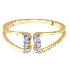 pretty, open gold lines and dainty diamonds