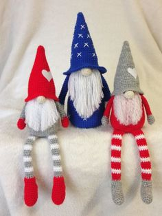 Tomte CAL van CuteDutch Made by mie - Salvabrani - Salvabrani Crochet Christmas Decorations, Crochet Christmas Ornaments, Christmas Knitting Patterns, Holiday Crochet, Handmade Christmas, Crochet Baby Hats, Cute Crochet, Crochet Crafts, Crochet Projects