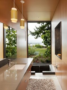 Optimized #bathroom with beautiful sunken bath #tub.