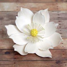 Large Lotus SugarFlower (Water Lily) from gumpaste cake decoration. | CaljavaOnline.com #caljava #lotus #gumpaste #sugarflower
