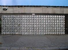 1963/64 Berlin-O. Lindenblätter von Fritz Kühn geätztes Aluminum Portal Polnische Botschaft Unter den Linden 70-72 in 10117 Mitte