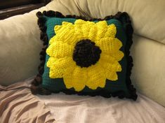 Sunflower pillow freebie step by step. YouTube video tutorial on it too. Just lovely, thanks so xox