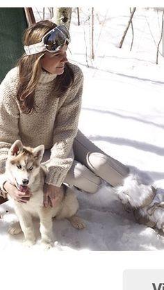 Aerin Lauder's style winter Chalet Chic, Ski Chalet, Ski Ski, Snow Fashion, Winter Fashion, Fashion Pics, Fashion Women, Ski Bunnies, Ski Wear