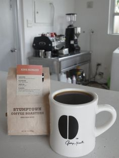 シアトルから届いたばかりの  ケニア Ngunguru 1700-1850m SL-28種、SL-34種  重甘くて丸みのあるピーチのような風味や甘味☆ とてもバランスの良い素晴らしいコーヒーです。