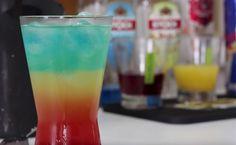 21 receitas de drinks com Curaçau Blue para bebidas mais coloridas Vodka Blue, Vodka Drinks, Hurricane Glass, Tableware, Pasta, Alcohol Recipes, Interesting Recipes, Easy Trifle Recipe, Tasty Food Recipes