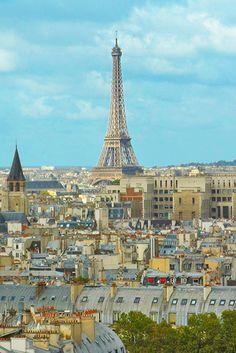Paris, na França, é uma cidade repleta de opções, e dá pra descobrir algo novo para fazer mesmo se você visitá-la 300 vezes. Para este roteiro de 1 dia, priorizamos as atrações mais famosas e imperdíveis. E é possível fazer todos os pontos do mapa a pé.
