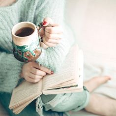 Curl up with a good book and a warming mug of cocoa and relax... it's the start of the Easter weekend! #sheepskinlife #Momentsofmine #beautyyouseek #seekthesimplicity #livethelittlethings #verilymoment #pursuepretty #flashesofdelight #thehappynow #awakethelight #smallmomentsaregold #smallmomentslikethese #awakethesoul #eleganceintheeveryday #finditliveit #makemoments #littlethingsinlife #thatsdarling #livefullyalive #capturethemoment #holidaycottage #holidayhome #visitbritain #visitengland…