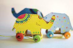hello, Wonderful - DIY RECYCLED CARDBOARD ELEPHANT PULL TOY