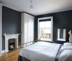 This Revamped Edwardian In Dublin Is The House Of Dreams In Location Image Victorian Bedroom Home Bedroom Home Explore This Edwardian House Which Is Perfect For 1930s House Interior, Victorian House Interiors, Victorian Terrace House, Georgian Interiors, Upstairs Bedroom, Home Bedroom, Modern Bedroom, Bedroom Ideas, Master Bedroom