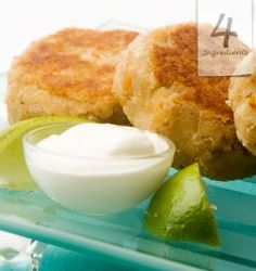 Just made these for dinner, yummy! Appetizer Recipes, Snack Recipes, Snacks, Appetizers, Savoury Recipes, Easy Recipes, Salmon Rissoles, Delish Kitchen, 4 Ingredient Recipes