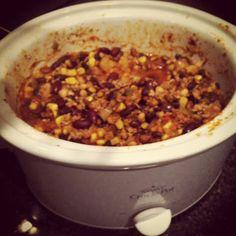 Lean turkey crockpot chili. So easy.