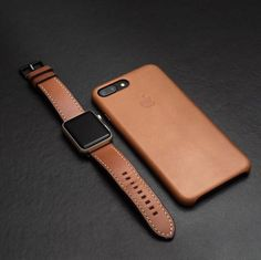 Earn the most money by selling your Old Mobile Phone Mobile Accessories, Iphone Accessories, Leather Accessories, Telephone Smartphone, Apple Watch Iphone, Accessoires Iphone, Iphone Leather Case, Leather Watch Bands, Apple Watch Bands