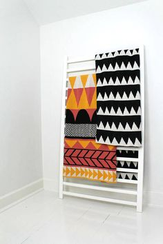 HAPPY HABITAT // Geometric throw