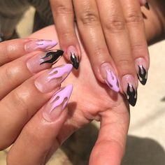 15 Color Changing Nail Inspirations Cool Nail Art Designs 2019 Many women prefer to visit the hairdresser even when they … Edgy Nails, Grunge Nails, Stylish Nails, Swag Nails, Cute Nails, Pretty Nails, Edgy Nail Art, Purple Acrylic Nails, Best Acrylic Nails