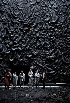 Falling Out of Time, Deutsches Theater Berlin Director: Andreas Kriegenburg.