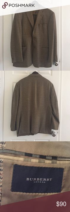 Burberry wool tweed Sport Coat Excellent condition, classic style. 2-button Sport coat with houndstooth print Burberry Suits & Blazers Sport Coats & Blazers