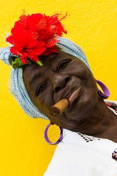 Asian History, Women In History, We Are The World, People Around The World, Cuba People, Cuban Women, Cuba Art, Havana Nights Party, Visit Cuba