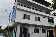 Hotel El Boga Girardot Located only 600 meters from the bus terminal and 10 minutes walking from the city centre,  Hotel El Boga offers accommodation in Girardot, the hotel features free WiFi access and private parking. Piscilago Aquatic Park is 20 km from Hotel El Boga.