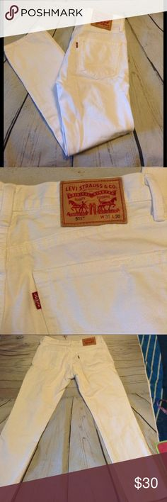 Mens Levi's 511  distressed size 31 Mens Levi's distressed white jeans size 31/30 inseam. Levi's Jeans Straight