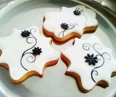Wintersgate Bakery decorated cookies