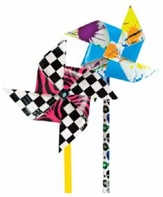 Moore Duck Tape® Pinwheel Pencils by Heather Schumann Duct Tape Projects, Duck Tape Crafts, Craft Projects, Projects To Try, Craft Ideas, Duct Tape Pens, Duct Tape Flowers, Washi Tape, Fabric Flowers