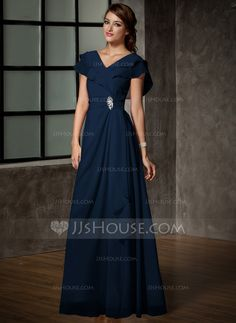 A-Line/Princess V-neck Floor-Length Chiffon Mother of the Bride Dress With Crystal Brooch Cascading Ruffles (008006120) - JJsHouse