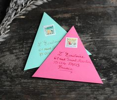TRIANGLE ENVELOPES!! These are absolutely amazing.