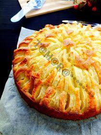 Обожаю выпечку с яблоками! Ну а сейчас как раз сезон, стоит ящик яблок, нужно срочно пристраивать! Пирог вкусный, ароматный и такой яб...