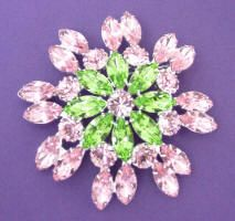 JP 252 Light rose and peridot rhinestone brooch