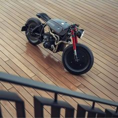 Discover some of my well liked builds - custom scrambler ideas like this Cafe Racer Honda, Norton Cafe Racer, Cafe Racer Motorcycle, Cafe Racers, Modern Cafe Racer, Cafe Racer Style, Custom Cafe Racer, Cafe Racer Build, R Cafe