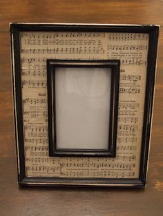 Sheet music photo mat, with a frame within a frame. Use music relevant to the photo theme, print out old music from the era for vintage photos, easy stuff for children practicing piano, etc. Sheet Music Crafts, Old Sheet Music, Framed Sheet Music, Sheet Music Decor, Music Sheets, Cadre Photo Original, Cadre Photo Diy, Old Picture Frames, Picture Frame Projects