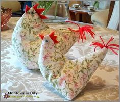 Montownia Ody: Pomysły na Wielkanocne dekoracje i ozdoby Bean Bag Chair, Decoupage, Easter, Diy, Home Decor, You Are Awesome, Decoration Home, Bricolage, Room Decor
