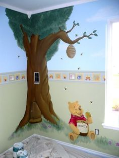 I love these nurseries with paintings of Winnie the Pooh on the wall - if only I were a talented artist, lol