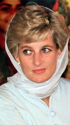14 reasons why Princess Diana was the original royal rebel