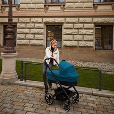 The Balios family has an elegant new member: the Balios S Lux. Part of the CYBEX 4-in-1 Travel System, the Balios S Lux accommodates a seat unit, an infant car seat, the Cot S or the comfy Cocoon S. With one hand it can be folded down to a self-standing position measuring 77 x 60 x 43 cm. The stroller is also suitable from birth, with a large seat that can be reclined to a full lie-flat position. Urban Beauty, Travel System, 4 In 1, Prams, Nursery Furniture, Baby Store, Baby Online, Get Directions, Cot