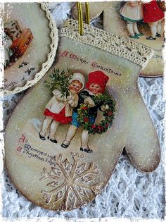 Ideas For Vintage Dcoration Outdoor Shabby Chic Recycled Christmas Decorations, Christmas Wood, Christmas Crafts For Kids, Christmas Baubles, Xmas Decorations, Handmade Christmas, Christmas Cards, Victorian Christmas, Vintage Christmas