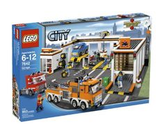 Compare prices on LEGO City Set Garage from top online retailers. Save money on your favorite LEGO figures, accessories, and sets. Lego Technic, Lego City Garage, Legos, Bateau Lego, Top Christmas Toys, Christmas Gifts, Cheap Lego, Lego City Sets, Lego City