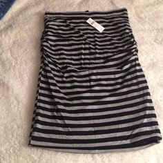 Brand new Banana Republic skirt Size small,Stripes are navy and gray. Worn once so tags are off. Skirts Pencil