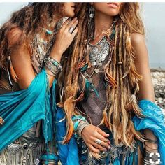 Presently you will think about the coolest adornments style, and that is the bohemian jewelry thoughts. Hippie Style, Look Hippie Chic, Boho Chic, Mode Hippie, Hippie Man, Mode Boho, Hippie Bohemian, Gypsy Style, Boho Gypsy