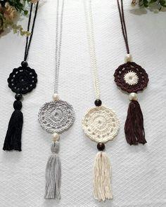 Crochet necklace - Bo-M - schmuck Crochet Earrings Pattern, Crochet Jewelry Patterns, Crochet Bracelet, Crochet Accessories, Crochet Motif, Crochet Flowers, Knit Crochet, Crochet Ornaments, Crochet Crafts