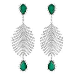 An exceptional design: The Apus Collection #FineJewelry #ExpressYourself #Diamonds #Emeralds #Elegance #Hueb