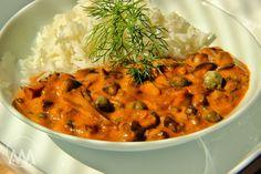 "Houbový "" Stroganoff"" Suroviny: cca 300 g čerstvých či mražených hub ( použila… Veg Recipes, Recipies, Food 52, Chana Masala, Thai Red Curry, Stuffed Mushrooms, Food And Drink, Treats, Vegan"