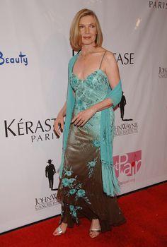 Susan Sullivan Susan Sullivan, Prom Dresses, Formal Dresses, Hair, Google Search, Beauty, Fashion, Long Dress Formal, Curve Dresses